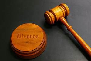 divorce-lawyers