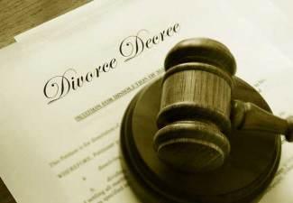why do women initiate divorce